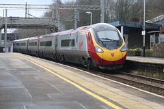 Virgin 390128 @ Longport (uksean13) Tags: 390128 longport virgin pendolino train transport railway rail station 760d canon ef70200mmf4lusm