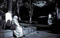 mezar taşı, mezar ve mezarlık ile yaşlı kadın. (metinŞimşek) Tags: oldwoman zenit zenit122 zenitar zenitar50mm blackandwhite blackandwhiteportrait blackwhite blackwhitepassionaward blackwhitestreet film negative filmnegative