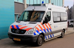 Politie Mercedes Sprinter Mobile Camera Command Unit (PFB-999) Tags: dutch police politie mercedes sprinter mobile video camera command unit van vehicle light modules grilles sidelights leds strobes bluelights 56zhbz amsterdam holland netherlands