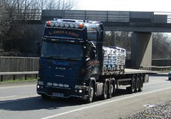 G Owen MK64 MHU at Welshpool (Joshhowells27) Tags: lorry scania gowen streamline v8 flatbed newtown super