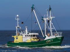 CUX-1 (U. Heinze) Tags: cuxhaven ship schiff nordsee vessel olympus boot boat kutter elbe