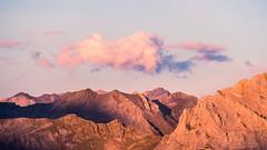 Panorama depuis le pic de Tentes (Pauline Moinereau) Tags: coucherdesoleil crépuscule hautespyrenées midipyrenées montagne mont sommet pyrénées pyrenees sunset mountain landscape ridge