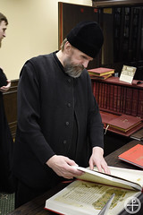 В библиотеке Минской духовной академии открылась выставка, посвященная Библии