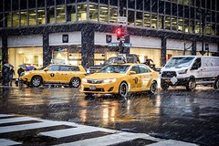 Winter in New York (TS_1000) Tags: taxi cab yellow snow winter ny nyc newyork newyorkcity schietwetter olympus omdem1 42 42ndst 3rdav oneway kreuzung