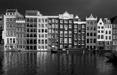Amsterdam. (Miguel Ángel López Gil) Tags: blackwhite blancoynegro panasonicgx7 panasoniclumix1235mm amsterdam holanda urbana canal