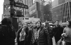 (David Chee) Tags: ricoh gr1v gr1 kodak trix 400 hc110 newyork nyc manhattan 34th street film analog blackandwhite bw
