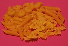 Te apetece una pasta?Cual? (dagherrotipista) Tags: feedyourcreativity flickrfriday pasta italia comer cibo alimentazione photoart nikond60
