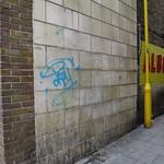 Entrance to Albert Place, Tottenham N17 thumbnail