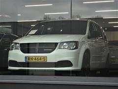 2015 Dodge Grand Caravan R/T (harry_nl) Tags: netherlands nederland 2018 eindhoven dodge grandcaravan rt rn464s sidecode9