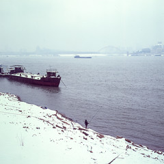 solo fishing snow (tymobile) Tags: snowscape fishing yangtzeriver slidefilm filmphotography mediumformat 6x6 80mmf28cfi carlzeiss 503cw hasselblad fujifilmvelvia100