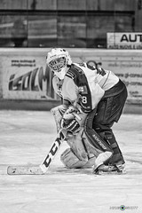 Goalie Gianfranco Barozzi (NRG SHOT) Tags: italianhockeyleague hockey icehockey hockeysughiaccio ice sport nrgshot chiavenna hcchiavenna hockeyclubchiavenna hockeylife hockeyteam hockeyplayer hockeystick action puck stick persone insegna ihl ritratto goalie referee