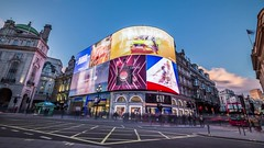 20180317_F0001: New Piccadilly time lapse (wfxue) Tags: london city landmark buildings piccadilly piccadillycircus piccadillylights led display screen advertisement boots gap cocacola sky clouds windy weather dusk people traffic cars bus road architecture longexposure timelapse video