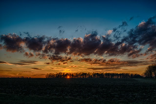 Sunset Simplicity