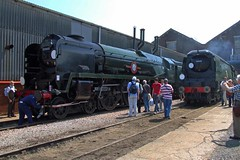 EASTLEIGH 240509 35005 & 34070 (SIMON A W BEESTON) Tags: eastleighcentenary knightrailservices therailwaymagazine lswr openday 35005 34070 manston canadianpacific