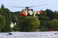 RS-04 Westland Seaking Mk.48 Belgian Air Force (Aviation and more) Tags: rs04 westland seaking belgianairforce baf sar searchandrescue helicopter helicopters donkmeer overmere berlare belgium camouflage water lake low fast