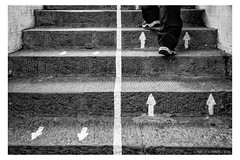 """Keep right on stairs <a style=""""margin-left:10px; font-size:0.8em;"""" href=""""http://www.flickr.com/photos/66444177@N04/27132234288/"""" target=""""_blank"""">@flickr</a>"""