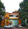 Bank Danamon Diponegoro (Everyone Sinks Starco (using album)) Tags: denpasar bali building gedung architecture arsitektur bank office kantor