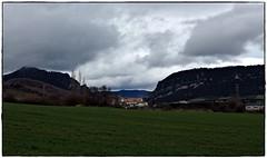 Eguillor. (Gurutx) Tags: nature nafarroa nortedenavarra verde green eguillor campo europe europa nubes nuages mountain monte