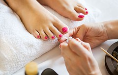 Woman Hospitalised For A Foot Infection After Getting A Pedicure (Naser Ch) Tags: foot hospitalised infection pedicure woman