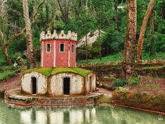 SINTRA (felixgracia57) Tags: portugal sintra parque lagos agua vegetacion naturaleza airelibre edificacion
