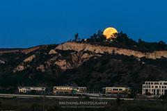 Happy Lantern Festival (binzhongli) Tags: moon moonrise full lantern festival torreypines mountain landscape hill