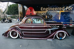 AXALTA Coating Systems (bballchico) Tags: vendordisplay axaltacoatingsystoms custom ford coupe scallops paint design grandnationalroadstershow carshow