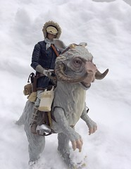 It's been pretty Hoth like lately so had to do more snow pics (chevy2who) Tags: back strikes empire esb starwarsblackseries series black figure action solo han hoth toyphotography toy wars star
