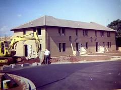 Clark Drive, Begbrook, Bristol, 1983 (The Digger-Man) Tags: bristol 1983 digger begbrook hymac excavator clarkdrive fiveacredrive blenmanclose scottlawrenceclose frenchayparkroad broadwaysdrive heatwave plant hire machinery