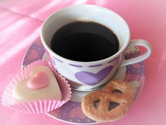 Coffee and biscuits (Hannelore_B) Tags: kaffee coffee gebäck plätzchen cookies biscuits tasse cup