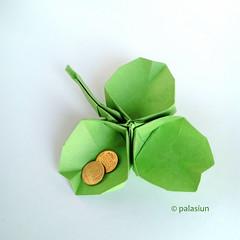 clover origami, designer Leila Torres (polelena24) Tags: origami plant clover shamrock square stpatrik