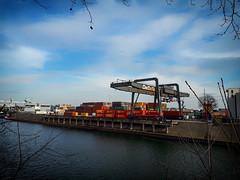 Ruhrort Hafen (FotoTrenz NRW) Tags: hafen ruhrort ruhr kran container sky blue clouds duisburg fluss river pier nrw