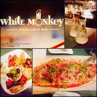 Monkey Monday🐒🍹🍕🍴😍 #monkeymonday #whitemonkey #leipzig #whitemonkeyleipzig #pizza #pizzalab #suessepizza #antipasti #limonaden #food #foodphotography #tonika #tonikafotografie http://ift.tt/2IBLCJT