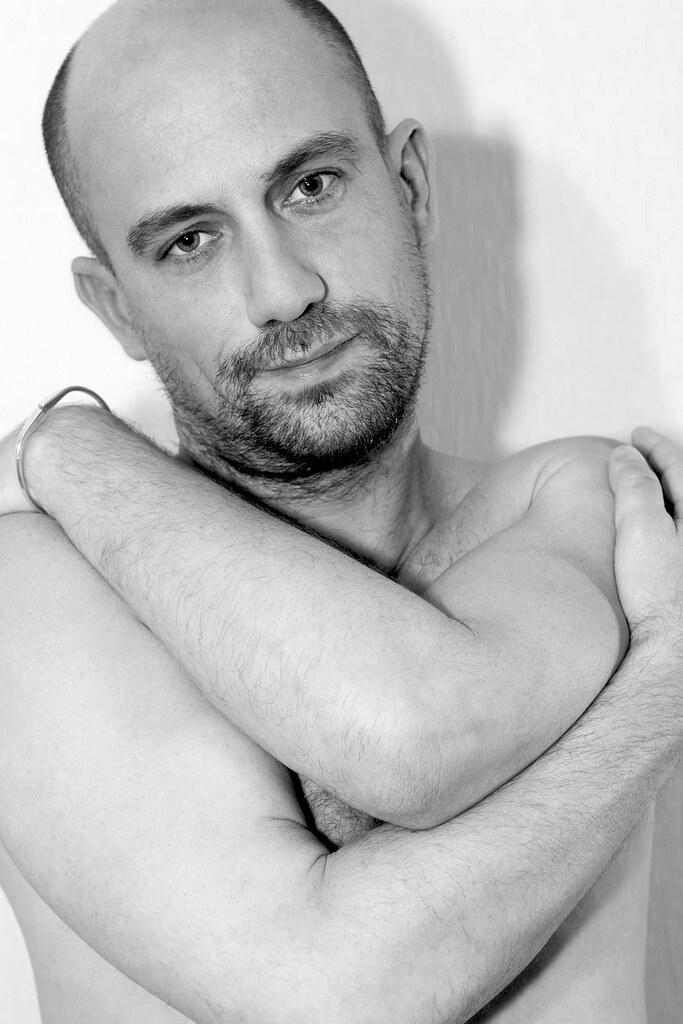 Portrait tendresse (advitam007) Tags: romain homme man hétéro hetero  heterosexual hétérosexuel bi bisexuel