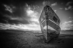 The SS Boop, Instow beach (Aliy) Tags: ssboop boop ship boat wreck shipwreck looming dramaticsky beach coast devon northdevon instow explored