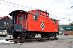 Erie Caboose (grumpyff) Tags: portjervis ny newyork orangecounty train railroad railway caboose erie red c143