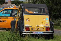 DLO 295Y (Nivek.Old.Gold) Tags: 1983 citroen 2cv6 charleston 602cc sethomasco chiswick london
