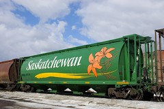 MGLX 397316 (Michael Berry Railfan) Tags: cn874 graintrain montreal montrealsub sthenri cn canadiannational freighttrain train unittrain mglx mobilgrain
