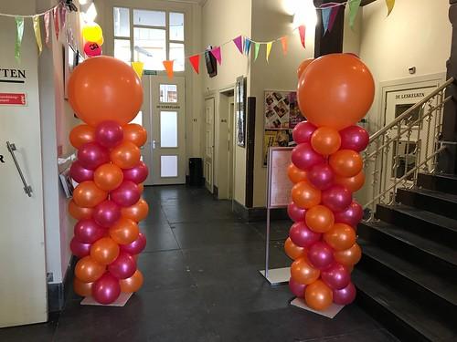 Ballonpilaar Breed Rond Het Leidse Volkshuis Leiden