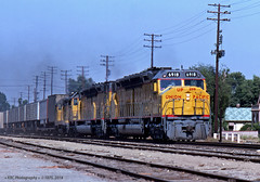 Sunny Sunday Afternoon in Ontario (GRNDMND) Tags: trains railroads unionpacific up lasl locomotive emd dda40x ontario california