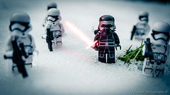 Kylo Ren's snow patrol (Frédéric J) Tags: toys toy lego legophotography legostagram kylo ren starwars snow star wars stormtrooper white lightsaber glow neige froid cold explore