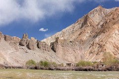 Ruins of fortress in Markha village (Paweł Błaszak) Tags: india kashmir markha landscape ladakh mountains