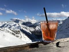 Aperol met een view (Hanneke Bantje) Tags: sudtirol italie bergen mountains snow sneeuw wimter aperol dolomieten dolomitti