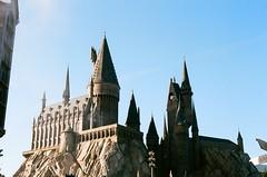 Hogwarts (Robalashow) Tags: harry potter hogwarts architecture orlando florida universal film canon sky