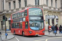WHV33 - 14 Putney Heath (Gellico) Tags: go ahead london general bus route 14 putney heath whv 33 piccadilly circus