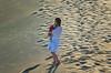 No existe amor más fiel... (Leo ☮) Tags: robado stolen amor love boy niño son mom dunas dunes arena sand ternura tenderness luz light huellas footprints maspalomas grancanaria islascanarias