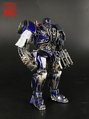 20170918104138 (capcomkai) Tags: tlk transformers transformer decepticon barricade boda