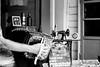 Tiempo de Alquimia (Beto Vilaboim) Tags: 2018 argentina caminito hands mãos música music blackandwhite pb bw pretoebranco tempo time alquimia buenosaires southamerica americadosul garrafas bottles relógio clock canon canont2i monocromatico mono efs1855mm