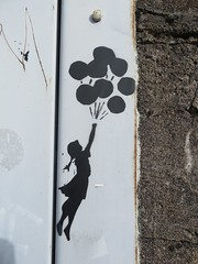 Street art (emilyD98) Tags: street art st saint nazaire insolite mur wall rue installation pochoir stencil urban explore exploration banksy ballons balloons fille girl artist artiste