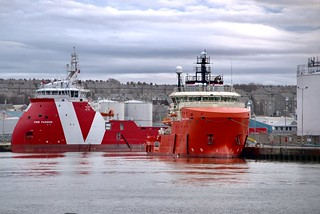 VOS Passion & Grampian Dynamic - Aberdeen Harbour Scotland - 21/3/2018