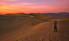 Face The Sun (Anna Kwa) Tags: mesquiteflatsanddunes sunset moment deathvalleynationalpark california usa annakwa nikon d750 2401200mmf40 my sun always l seeing heart soul throughmylens travel world destiny fate life journey
